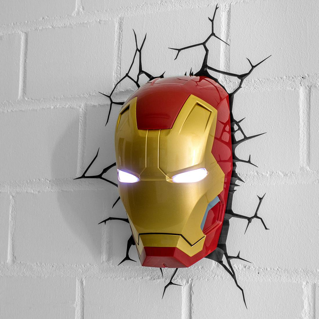 iron man wandlampe getdigital. Black Bedroom Furniture Sets. Home Design Ideas